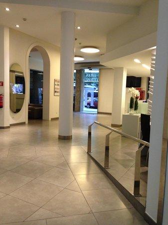 Hotel Gran Ultonia: la hall