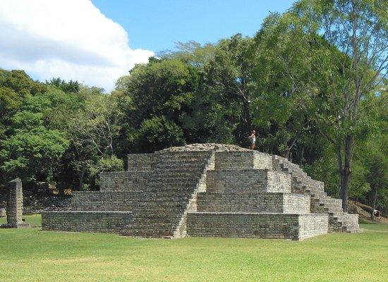 La piramide della Valle di Copan
