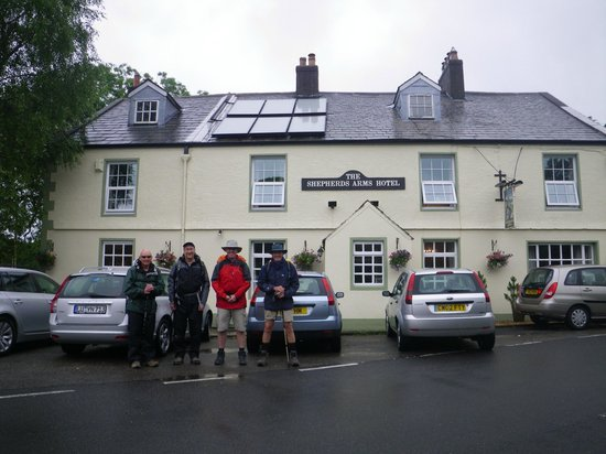 The Shepherds Arms Hotel: leaving the Shepherds Arms