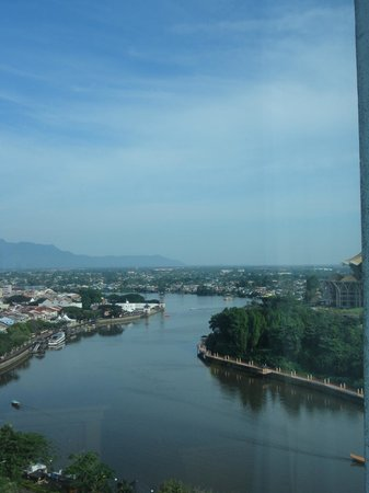 Riverside Majestic Hotel : View from the room