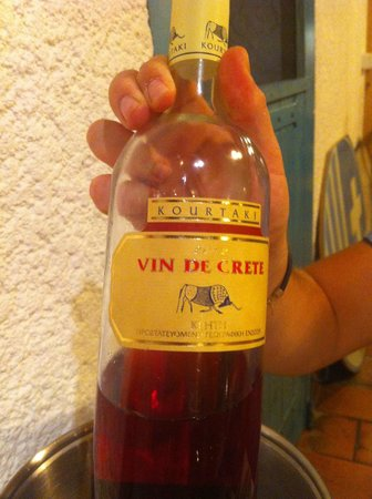 Restaurant grec Le Bouzouki : un petit vin sympa