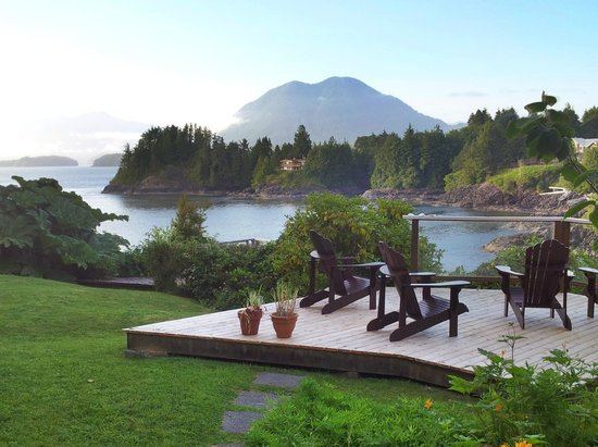 The Tides Inn on Duffin Cove: beautiful view from room at Tides Inn, Tofino