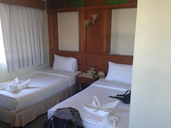 Sand Inn Phuket : Sand Inn Room