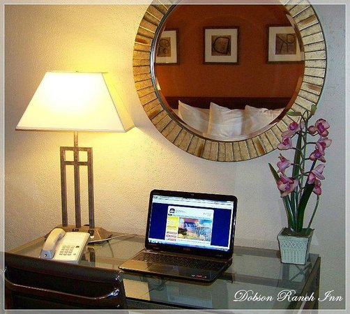 Dobson Ranch Inn and Suites: Room