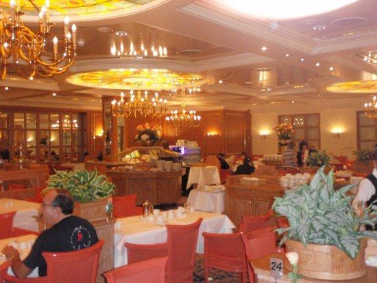 Maritim Hotel Stuttgart: Café da manhã