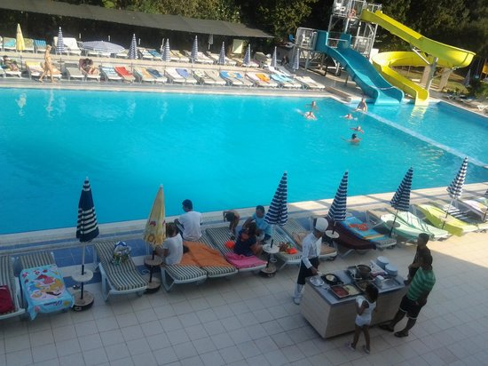 Luana Hotels Santa Maria: бассейн