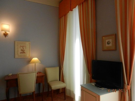 Hotel Pallanza : chambre