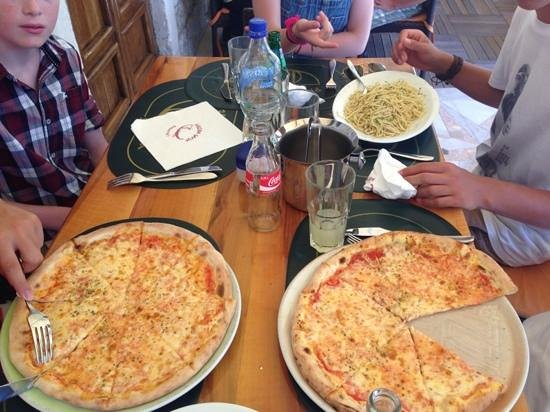 Pizzeria Galija: pizza and pasta