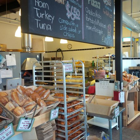 Kitchener, Kanada: City Cafe & Bakery at Lancaster & Bridgeport Rd.
