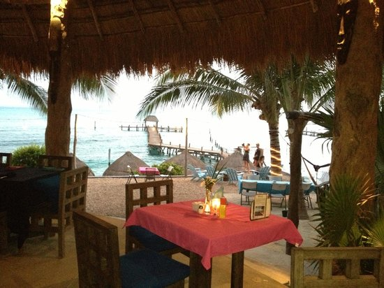 Casa de los Suenos: Resturant by the bay!
