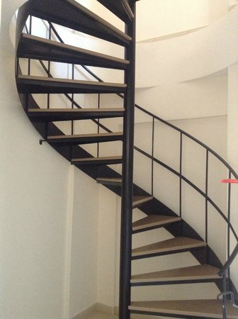 St. Nicolas Elegant Residence: spiral staircase in the town house