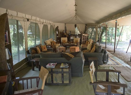 Mara Bush Camp: Lounge and bar