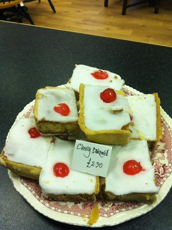 Craftea Weaver Tearoom: Cherry Almond Bakewell