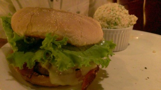 Baton Rouge : Burger and Coleslaw