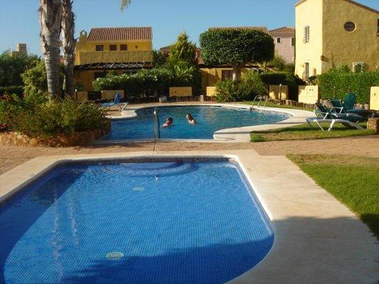 The Desert Springs Resort: The shared pool