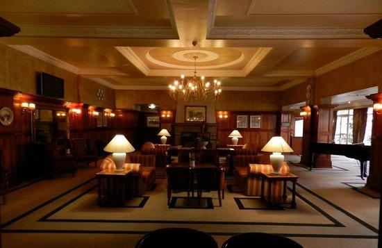 Sunnyside Park Hotel: Salão de retiro área comum.