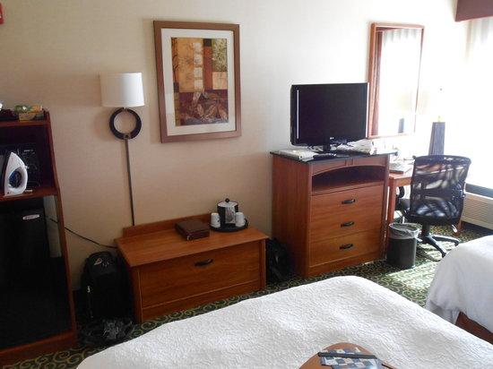 Hampton Inn Hagerstown - I-81: 2 Queen Room