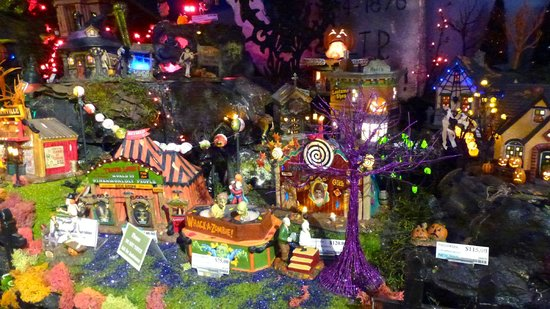 Christmas Place: Halloween town