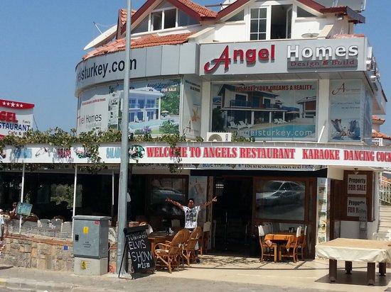 Angel Restaurant & Cocktail Bar: Beautiful restaurant and very nice foods.