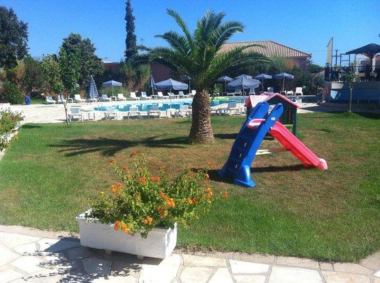 Palmyra Hotel : piscina