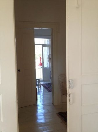 Annette's House: double room from the corridor