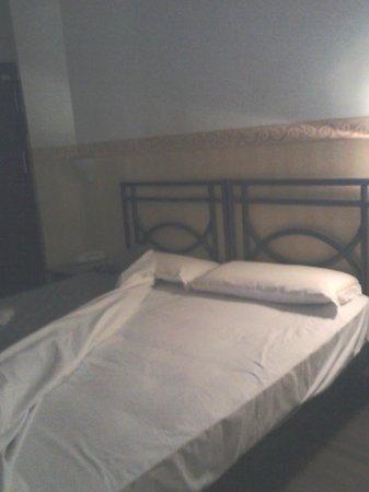 Hotel Regina: Particolare del letto