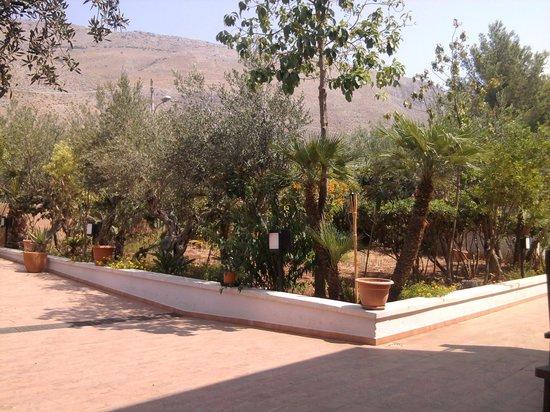 Hotel Antares: particolare dell'ingresso all'hotel
