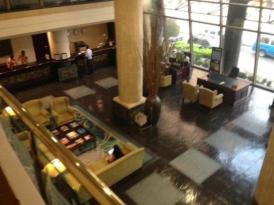 Hotel Alvalade: lobby area
