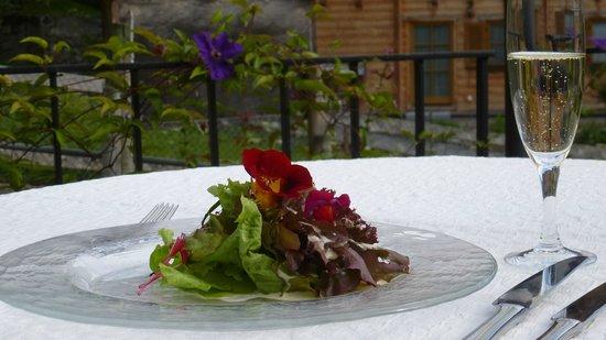 Hotel Restaurant Baeren: Salat aus unserem Garten