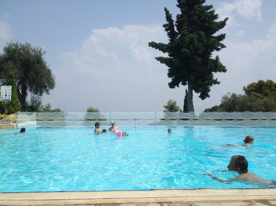 Daphnila Bay Thalasso: κεντρική πισίνα