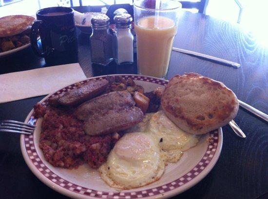 Otto's Breakfast Deli: The Deli Platter at Otto's
