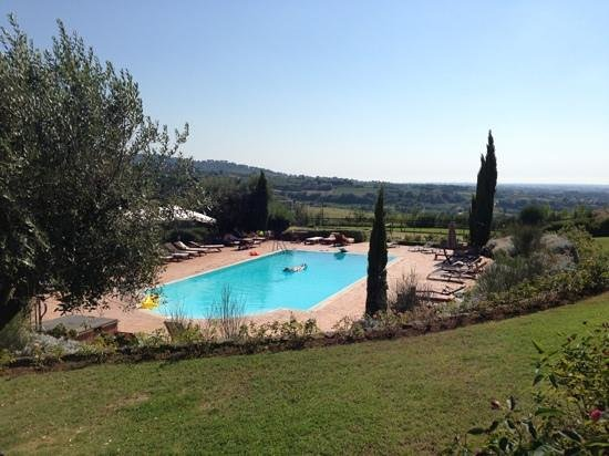 The best swimming pool ever picture of tenuta cusmano for Nicest swimming pools