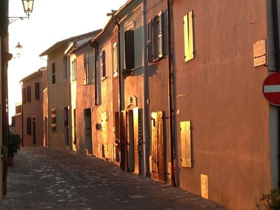 Montefiore Conca, Italy: luce