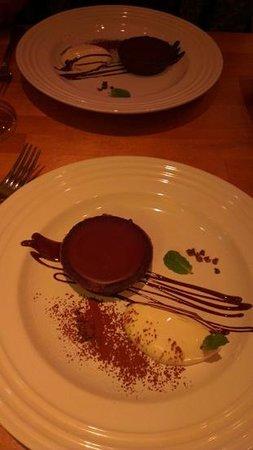 Café Atl : Dessert.  Because you're worth it.