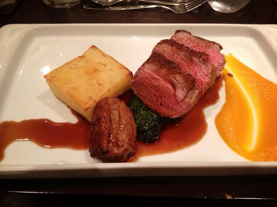 Meon Valley Marriott Hotel & Country Club: Gorgeous dinner in the Broadstreet restaurant