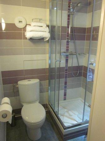 Hôtel du Plat d'Etain: doccia