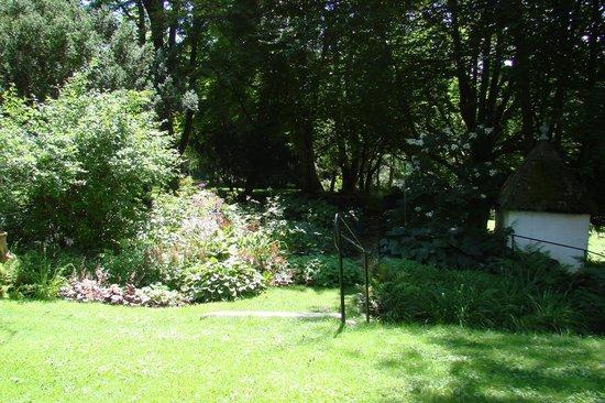 Frelinghuysen Morris House & Studio: Some of the gardens