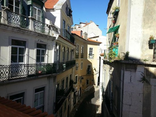 Lisbon Story Guesthouse: View from room's window