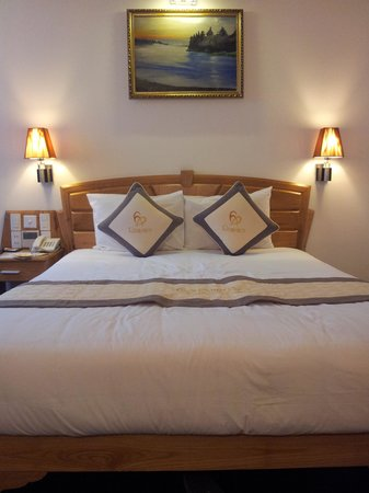 2 Persoonsbed Modern.Comfortabel 2 Persoonsbed Picture Of Romance Hotel Hue Tripadvisor