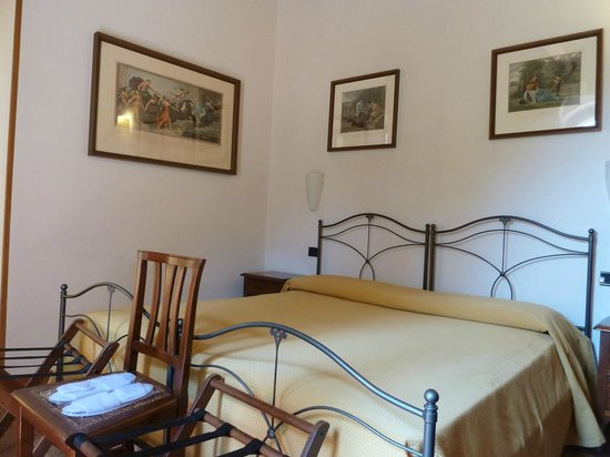 Residenza Il Villino B&B: Our room