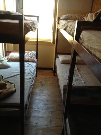 Youth Hostel Rethymno: Close quarters and too hot to sleep in summer months