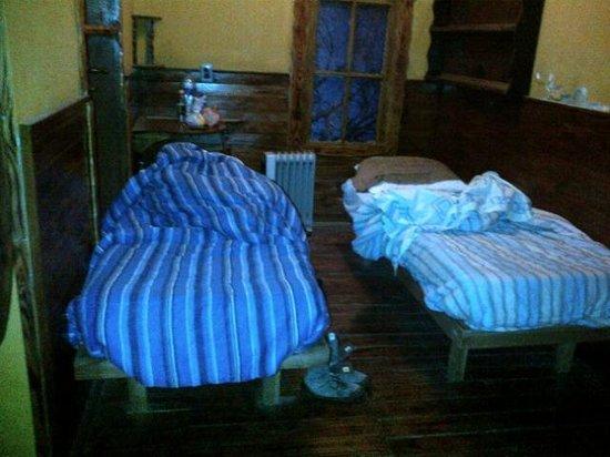 Hostal Prisamata: habitación (como la dejamos)