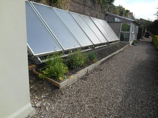 Gabriel House B&B: Solar panels to save on electricity