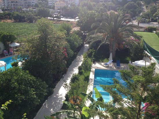 Orsmaris Boutique Hotel: view of the back gardens from my balcony