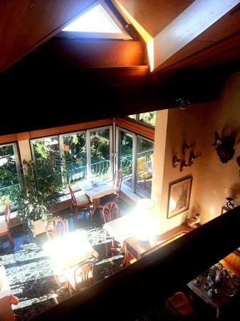 HAUS ARENBERG: Breakfast sun room