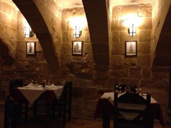L-Ghonnella Restaurant : inside
