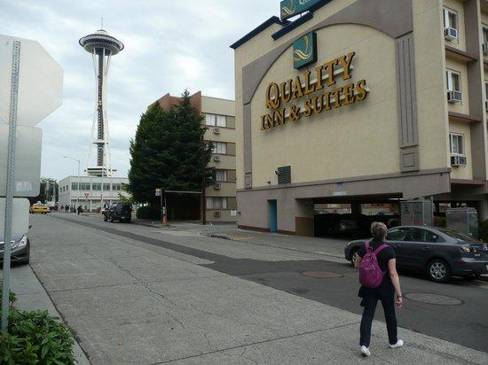 Quality Inn & Suites Seattle: devant l'hôtel