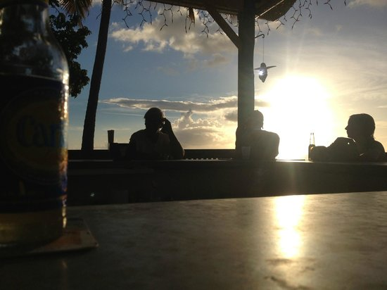 Rhythms at Rainbow Beach : Sunset over the bar