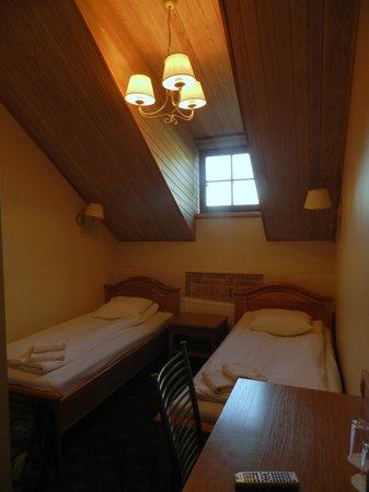 Alexa Old Town Hotel: habitacion