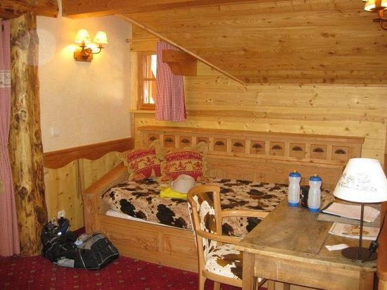Hotel Chalet Mounier : Room 202